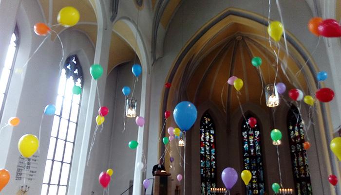 Luftballon-steigen-auf