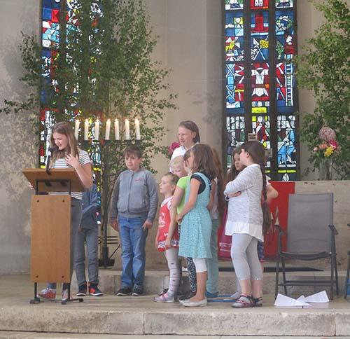 Lesung Mk 10 Jesus segnet die Kinder