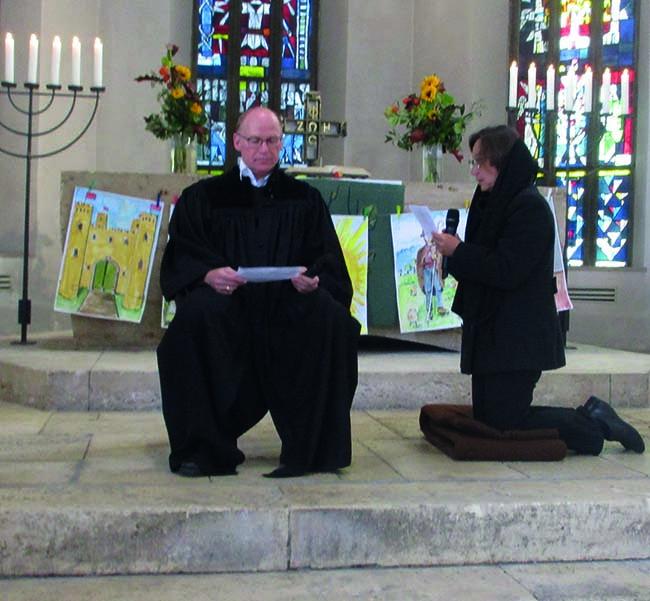Priester-Martin-nimmt-die-Beichte-ab