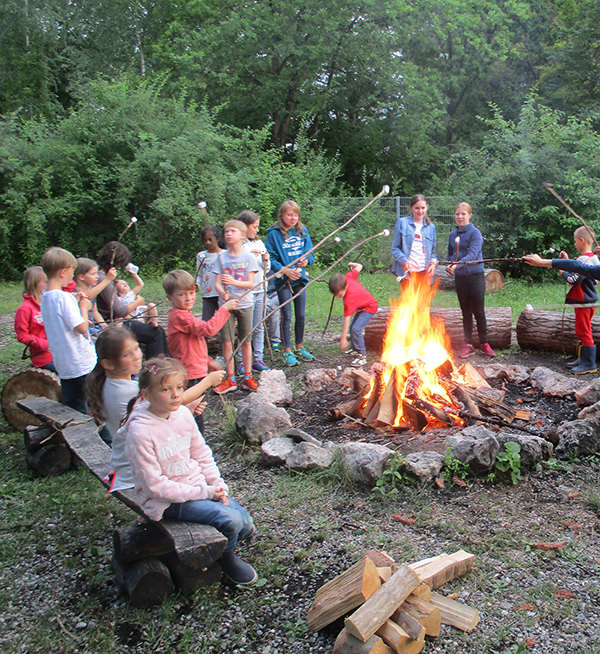 Marshmallows am Lagerfeuer II