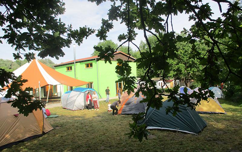 Zeltlager am Jugendbildungshaus des SJR am Baggersee