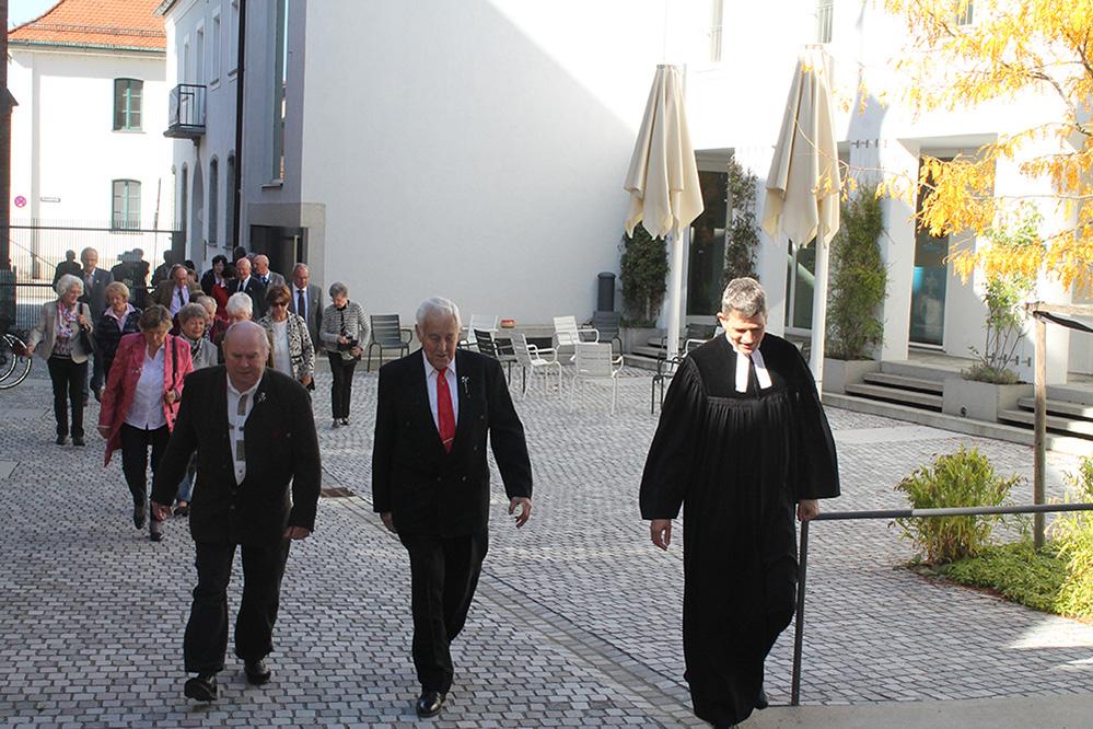 Auszug nach dem Gttesdienst, Foto: Ursula Gottschalk