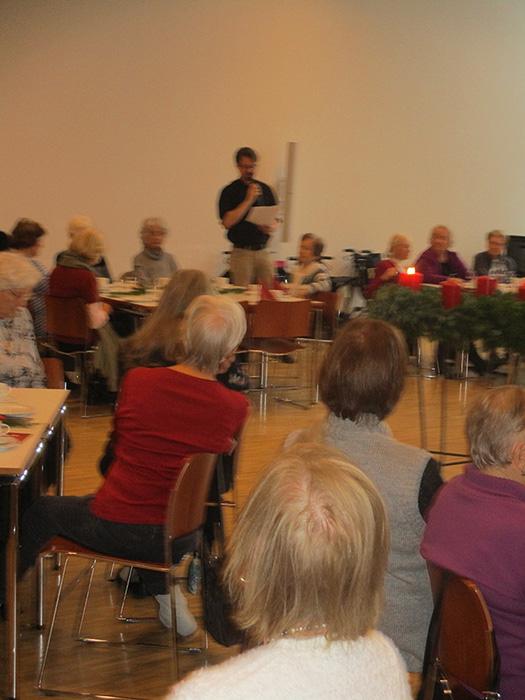 Seniorenadvent Geschichte zu den vier Kerzen am Adventskranz